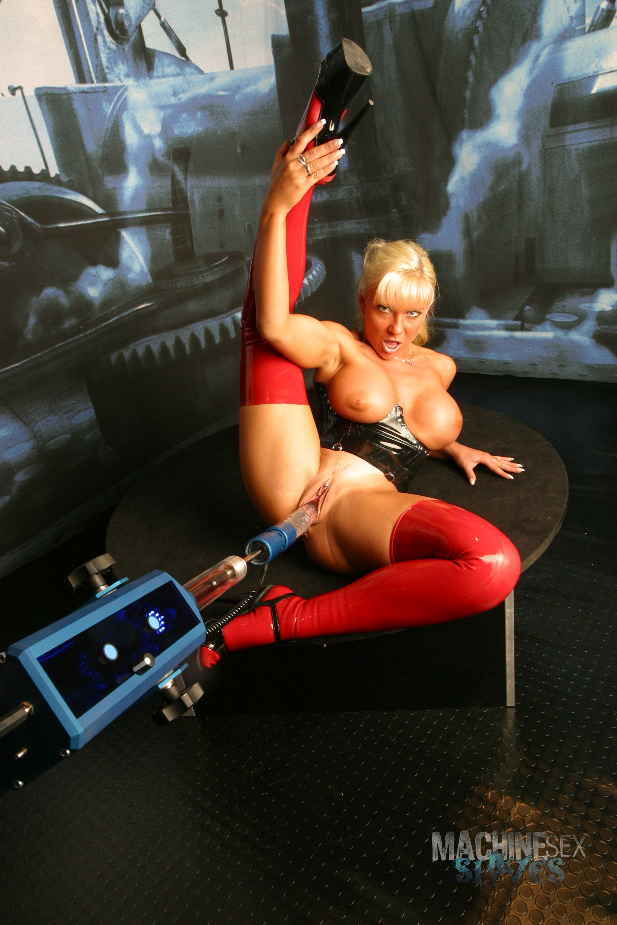 Sex in Latex mit Sharon da Vale