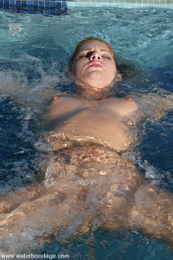 Waterbondage