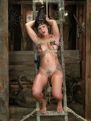 Pierced inked slave girl Betty Baphomet gets ruthlessly tortured by Princess Donna