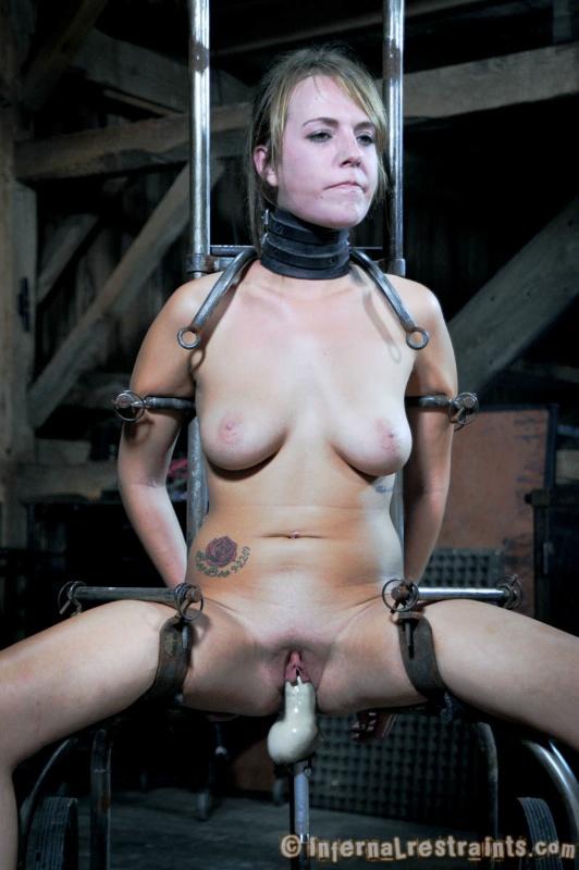 Sara jean underwood boob size