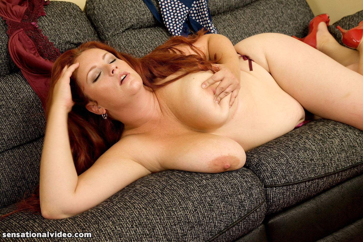 Mellie d redd adaire and kerry marie - 2 part 1