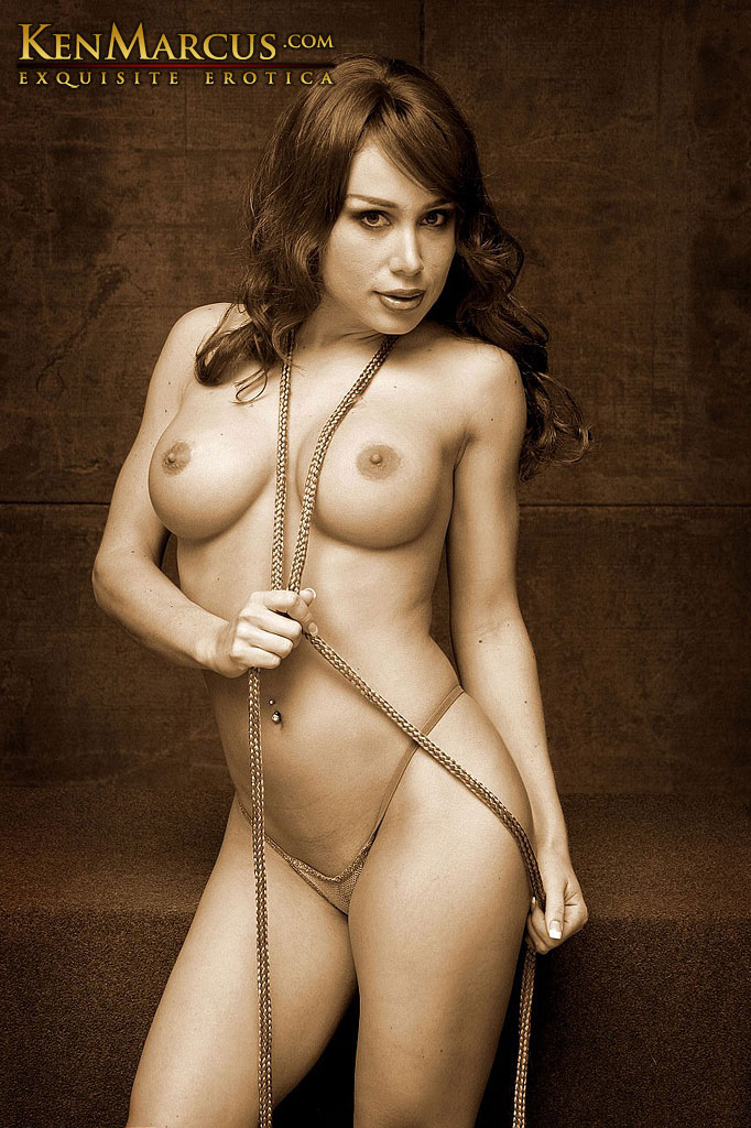 naked big boobed bondage model mora uman shows off her