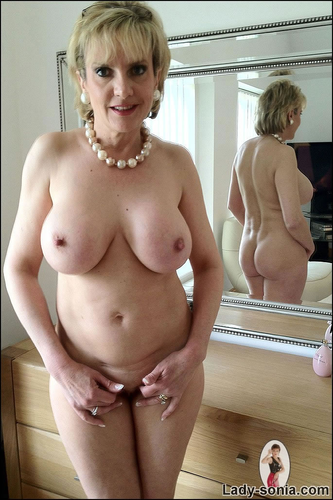 Idea mature naked boobs something