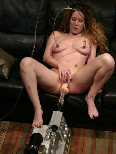 Jade Marxxx with fast moving dildo inside her love tunnel gets her nipples tortured with vacuums
