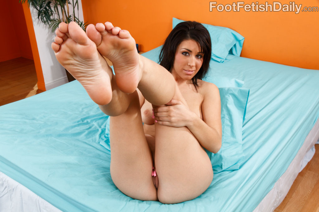 Bare feet soaked in squirt 4