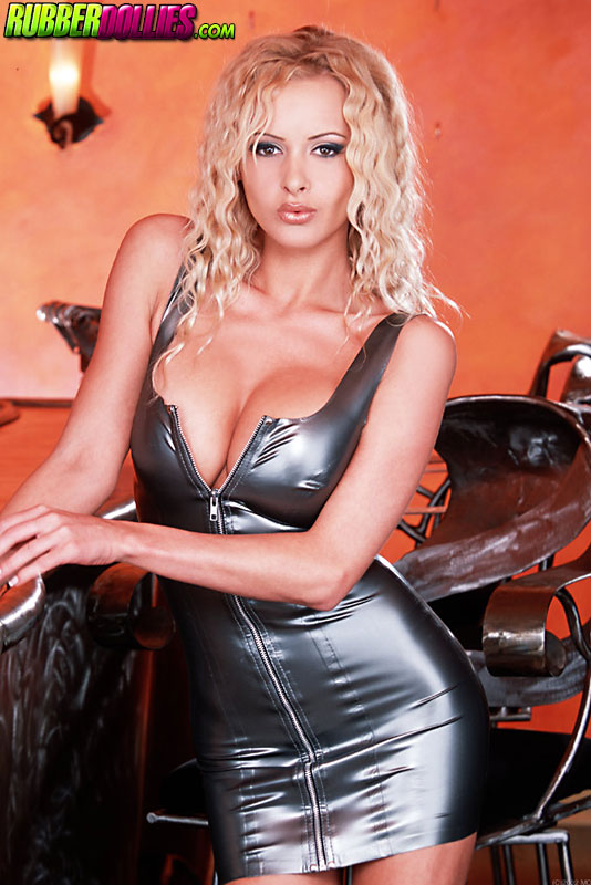 zdenka podkapova latex