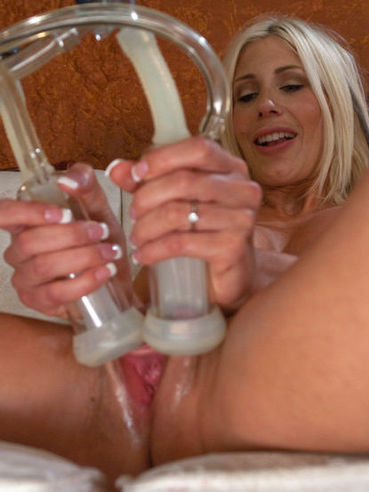 Busty mom Puma Swede gets her pussy sucked and her ass dildoed by sex machines