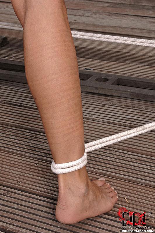 Sophie bondage model apologise