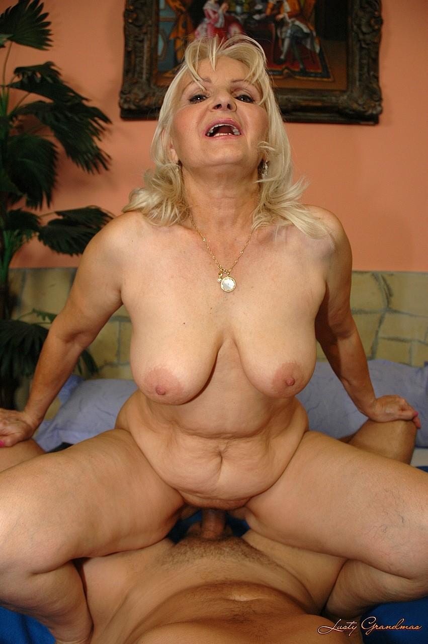 starushka-na-pornokastinge
