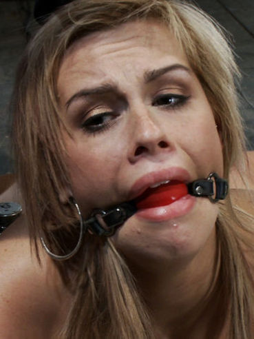 This babe Tara Lynn has eyes full of horror when her kinky master bounds, gags and fucks her.