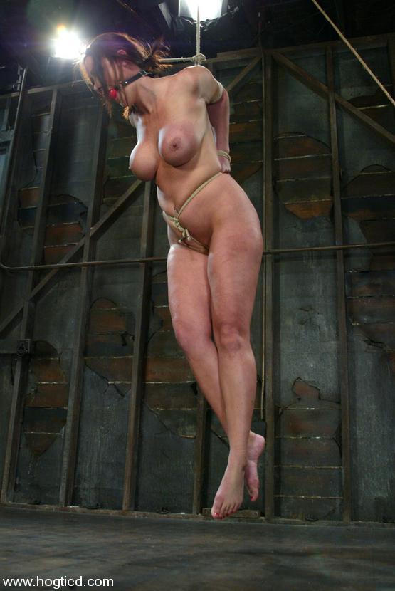 Christina carter desnuda y atada