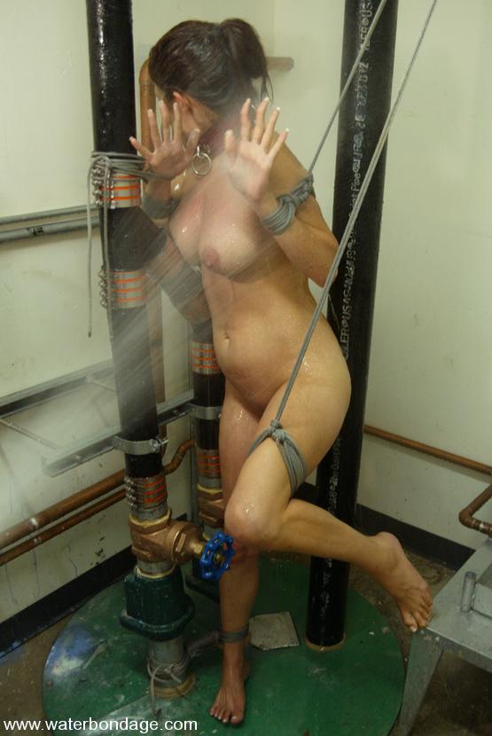 nude solo women videos