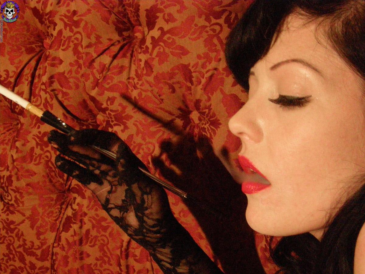 Sexy smoking lipstick