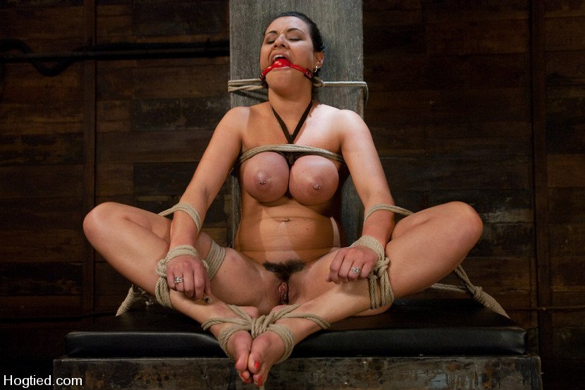 Junge frauen in der sauna