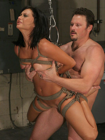 This raunchy guy Van Damage can do anything with his bound slave Jessica Valentino
