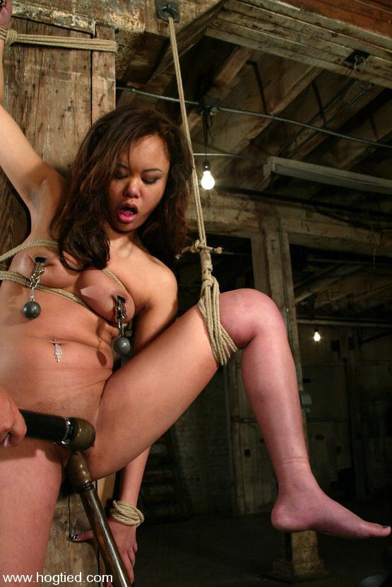 Veronica Avluv Bondage Squirt