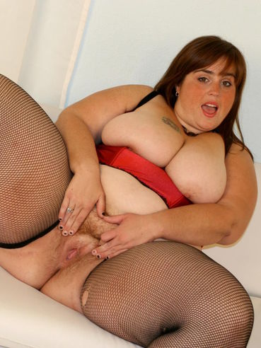 Chubby Veronica Bottoms in lingerie sucks chocolate cock and takes it in her love hole