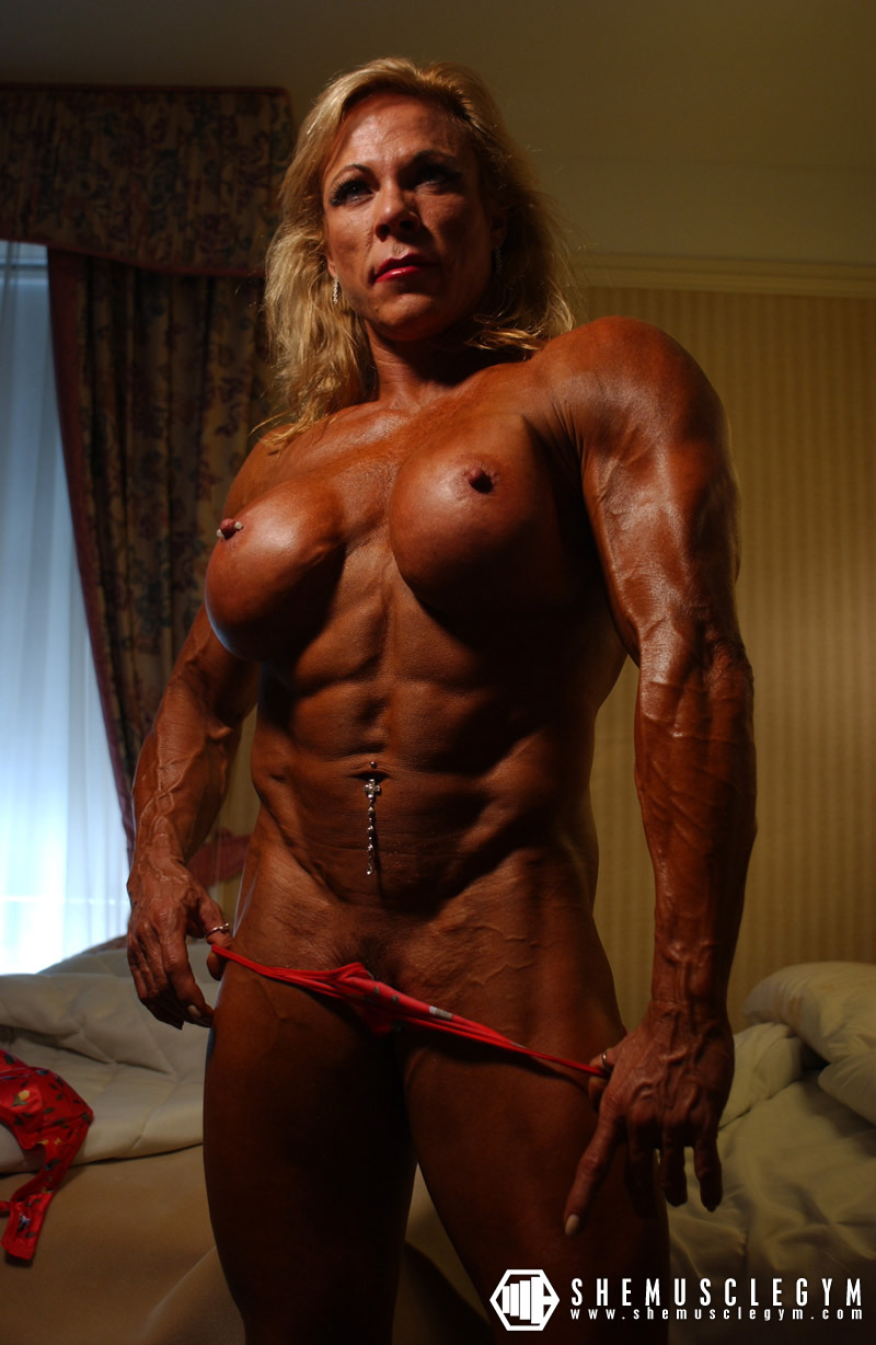 bodybuilder woman nude cum