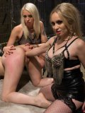 Lorelei Lee enjoys a deep and hot sex toy penetration during a lesbian and fetish fathering.