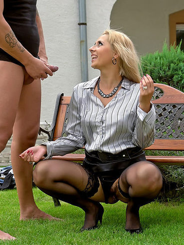 Beautiful stocking blonde Daria Glower gets pee drenched after outdoor sex on a bench
