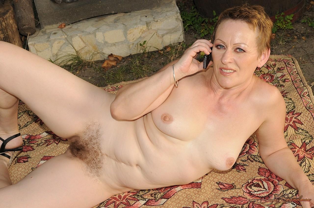 Эротические фото пожилая женщина 19 фотография
