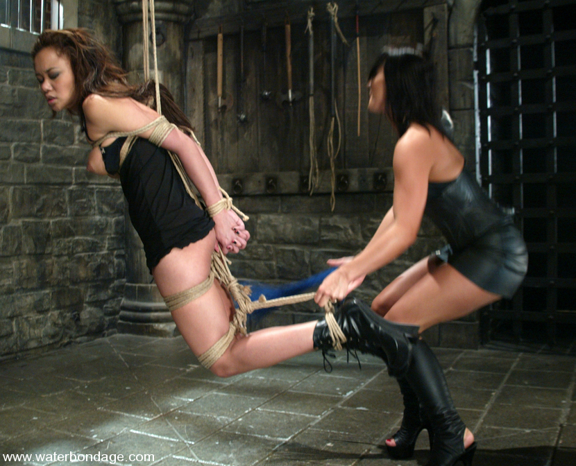Sandra romain bondage